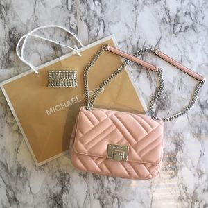 MICHAEL KORS ✨New✨ Vivianne Medium Lambskin Bag